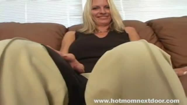 Watch Adult MIlf Mom