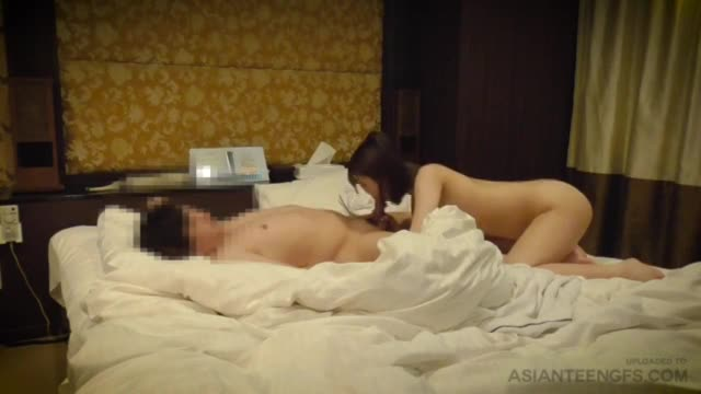 VERY CUTE ASIAN COLLEGE GIRL FUCKS IN A HOTEL